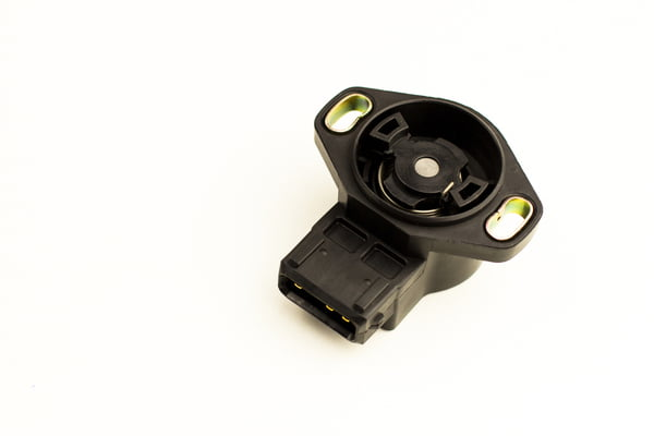 Failures of the throttle position sensor triggers the P0121 code